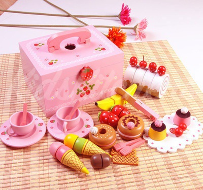 Детская игрушка «Вкусный сундучок»